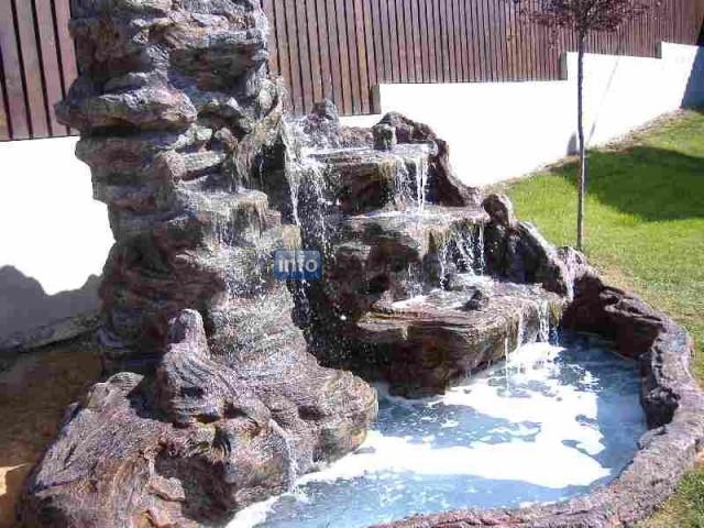 estanques y cascadas artificiales