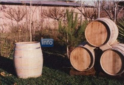 Whisky wine barrel
