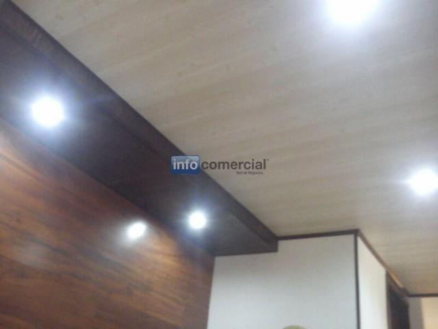 Cielo raso techo drywall en lamina de pvc para interiores for Laminas para paredes interiores