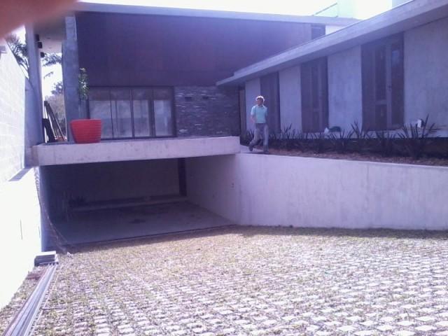 Losetas cribadas para ingresos vehiculares for Comprar losetas vinilicas pared