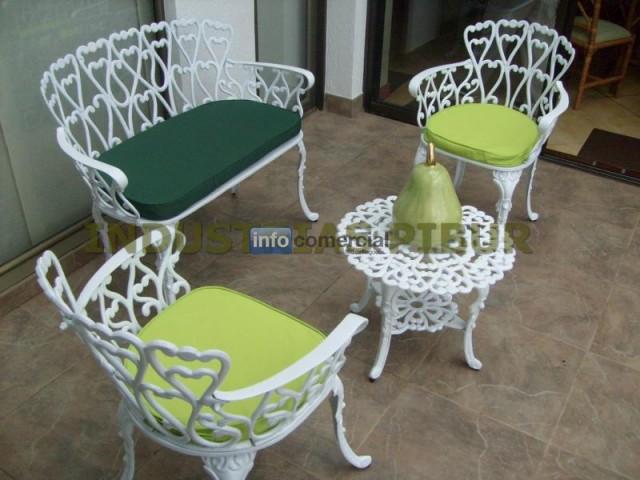 Muebles para exterior terrazas balcon jardin industrias pibur for Muebles para balcon