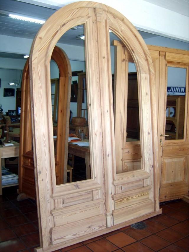 Puerta doble linea curva medio punto for Puerta doble madera